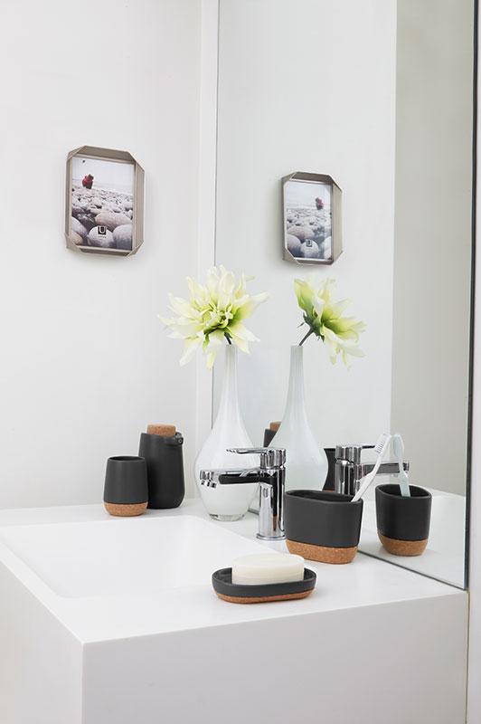 d coration salle de bain et cuisine plomberie t treault. Black Bedroom Furniture Sets. Home Design Ideas